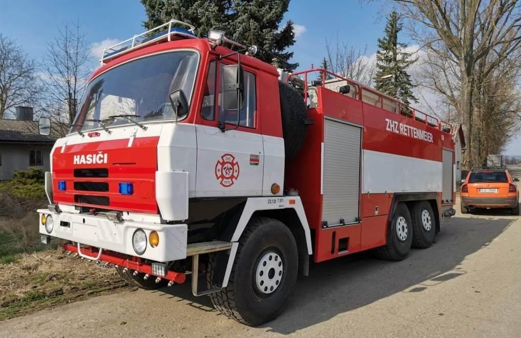 Odovzdanie vozidla hasičom - Liptovský Hrádok,